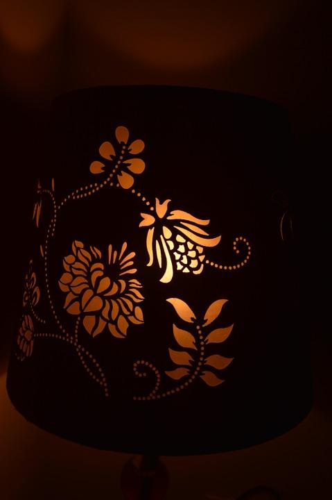 Настольная лампа3
