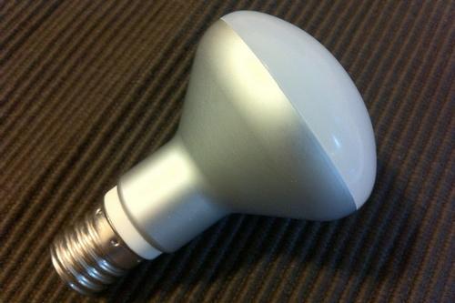 07-0-matovaya-led-lampa