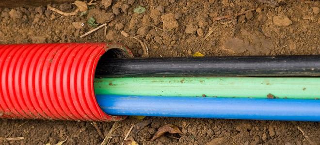 Прокладка кабеля в земле траншее силового марки работа