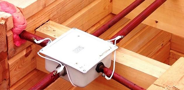 Прокладка кабеля в трубе3
