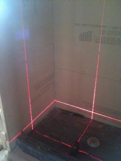 Лазерный уровень 9