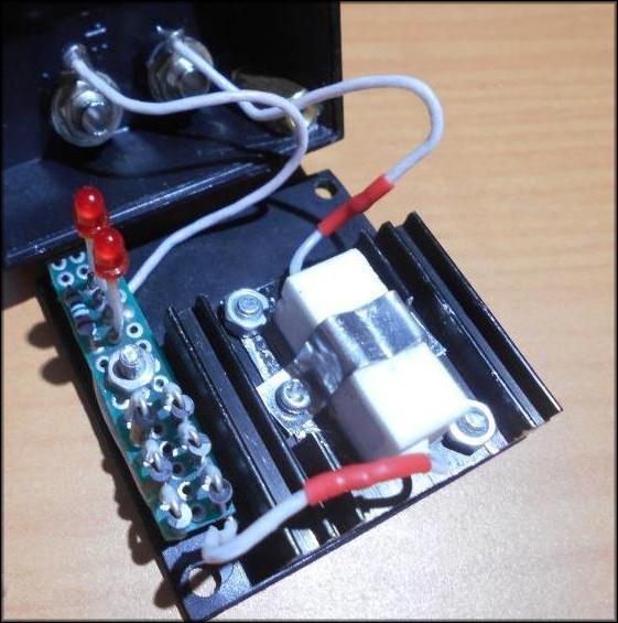 Светодиод запускает процесс разряда